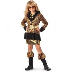 Inappropriate pre-teen halloween costume