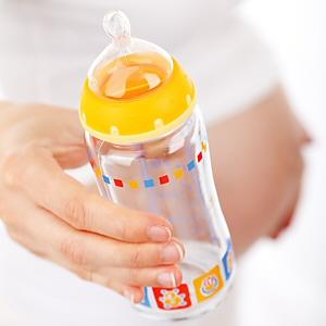 A Dad Weighs In on Breastfeeding
