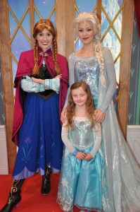 Our Daughter Meeting Anna & Elsa From Frozen