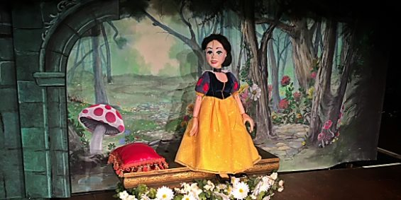 Snow White at Geppettos Marionette Theater in the Hilton Anatole Hotel Dallas